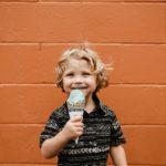 Favoriser une relation saine avec les aliments chez votre enfant en partageant les responsabilité